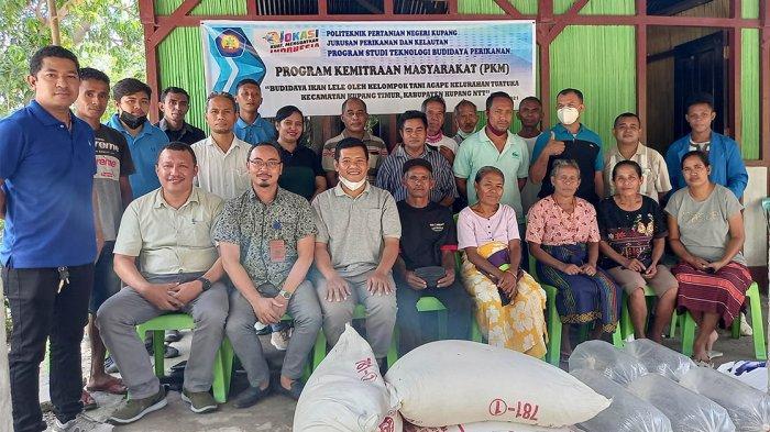 1500 Benih Lele dari Prodi TBP Politani Negeri Kupang untuk KT Agape Tuatuka