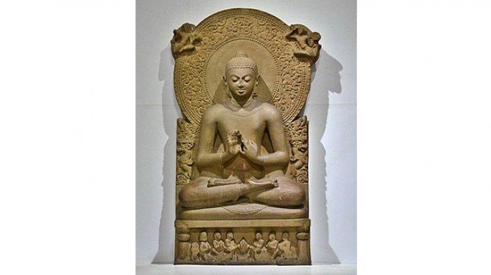 Patung Buddha dari Sarnath sejak abad ke-4 M (wikipedia)