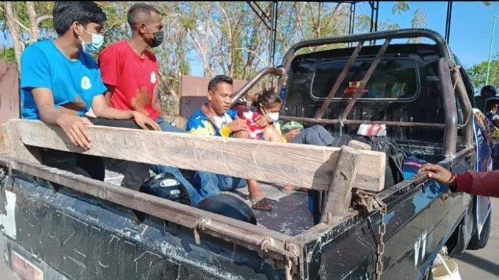 Dapat Emas PON XX Papua 2021, Susanti Ndapataka Pulang NTT Dijemput Mobil Pikap