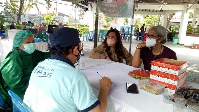 Emi Nomleni Buka Rujab DPRD NTT Bikin Masyarakat Nyaman Ikut Vaksinasi Covid-19