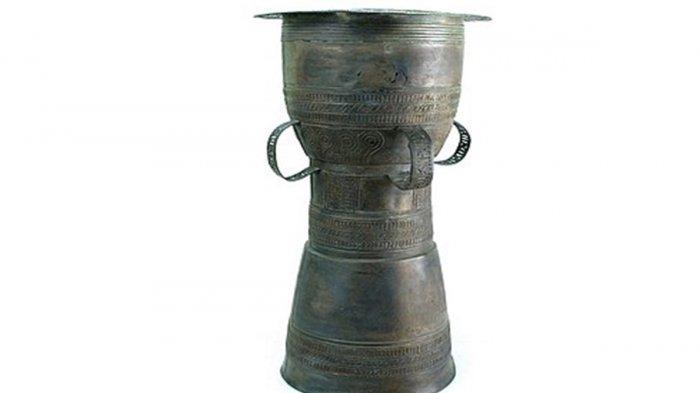 Moko atau Nekara si Benda Berharga dari Alor Provinsi NTT