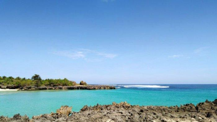 Pantai Pero di Kabupaten Sumba Barat Daya Provinsi NTT Indonesia