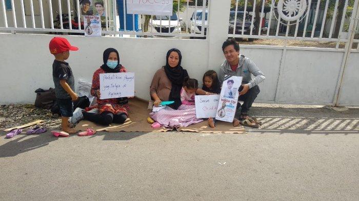 Demo Pengungsi Afhanistan di Kupang NTT ke Kantor IOM Kupang Berlanjut Hari Kedua