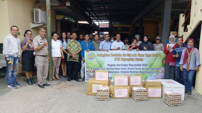 Daging, Telur, Madu untuk Dokter dan Perawat dari Jurusan Peternakan Politani Kupang