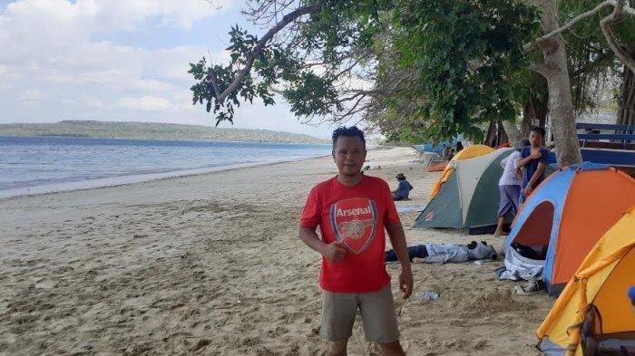 Pantai Uiasa dengan Bentangan Pasir Putih yang Indah Bikin Takjub Pengunjung
