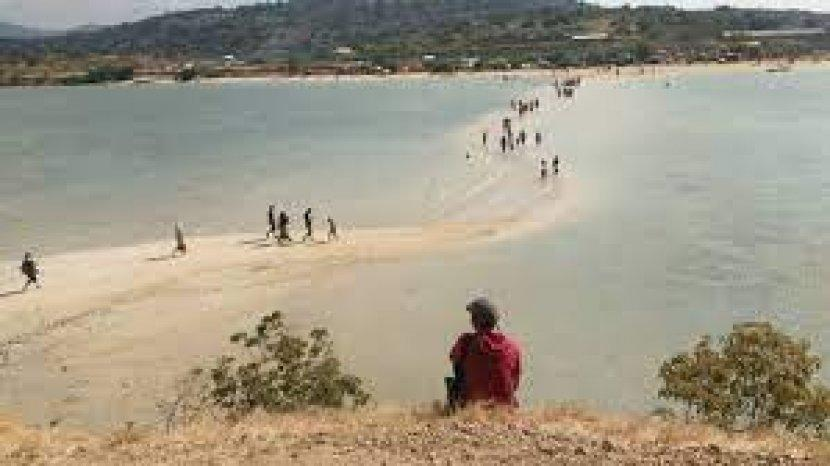 Desa di Kecamatan Pekat Kabupaten Dompu Provinsi Nusa Tenggara Barat