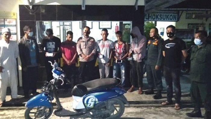 Razia Warung, Polisi Ciduk 5 Tersangka Penjudi Online, Operasi hingga Pukul 02.00 WIB