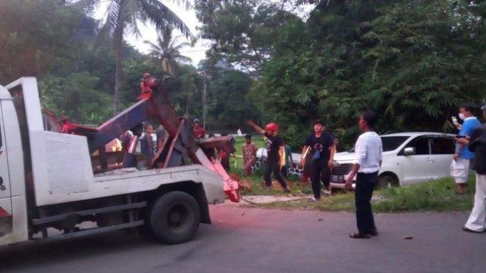 Terhalang Odong-odong Mogok, Mobil Minibus di Sukabumi Terjun ke Jurang