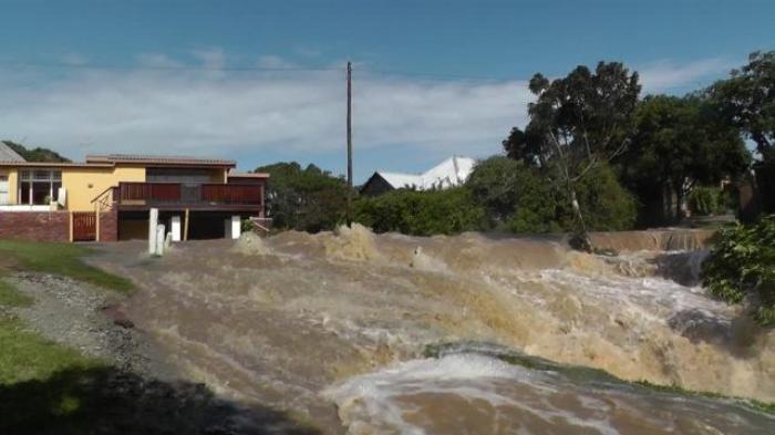 Warga Belawan Diminta Waspada Potensi Banjir Pesisir hingga 11 Oktober