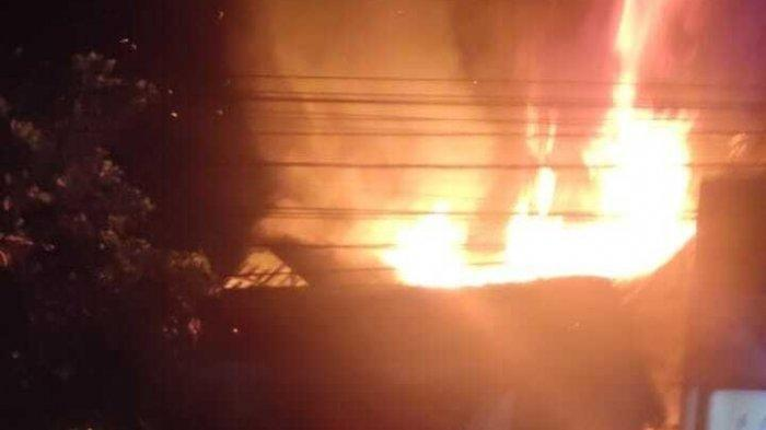 Kompor Gas Meledak, Satu Rumah Ludes Terbakar, Kerugian Mencapai Rp 400 Juta