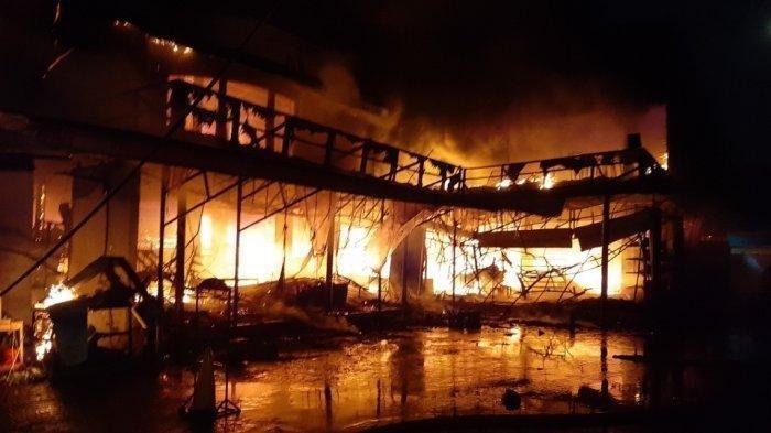 Kebakaran Cahaya Swalayan di Cilandak Sulit Dipadamkan, 25 Unit Damkar dan Marinir Ikut Padamkan Api