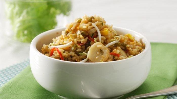 Menu Unik untuk Sarapan, Ini Resep Nasi Goreng Kacang Hijau dan Proses Pembuatannya