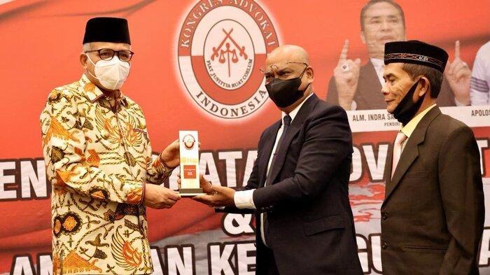 Gubernur Aceh Nova Iriansyah Hadiri Pelantikan Pengurus DPD KAI Aceh Periode 2020-2025