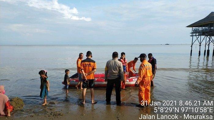 Remaja Putri Tenggelam, Penyelam Tak Bisa Cari, Ombak Besar, Air Keruh