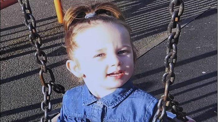 Bocah 3 Tahun Tewas Dianiaya Ibu Kandung dan Pacarnya, Pelaku menyebutnya 'anak sialan'