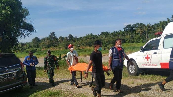 Pekerja Galian C Temukan Mayat Hanyut di Leupung