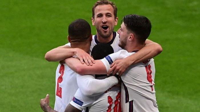 Gol Bersejarah Sterling Hiasi Langkah 'The Three Lions'