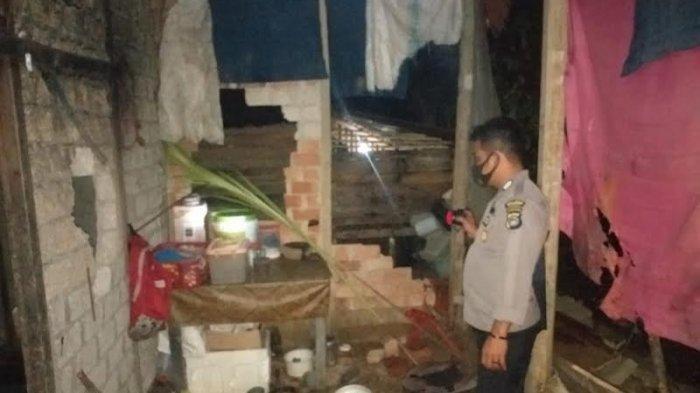 Seorang Pria di Sulteng Hancurkan Rumahnya Karena Stres Digugat Cerai Istri