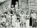 Keturunan-bangsa-Proto-Melayu-yang-tinggal-di-Behrang-Perak-Malaysia.jpg