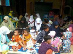 Cingcin Membaca isi Ramadhan dengan Iqra