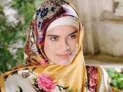 Carissa D Lamkahouan: Menggunakan Jilbab Saya Bermartabat