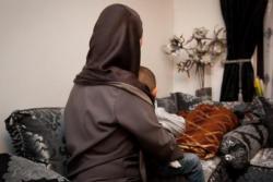 Muslimah Ini Sengaja Ditabrak Pengendara Rasis