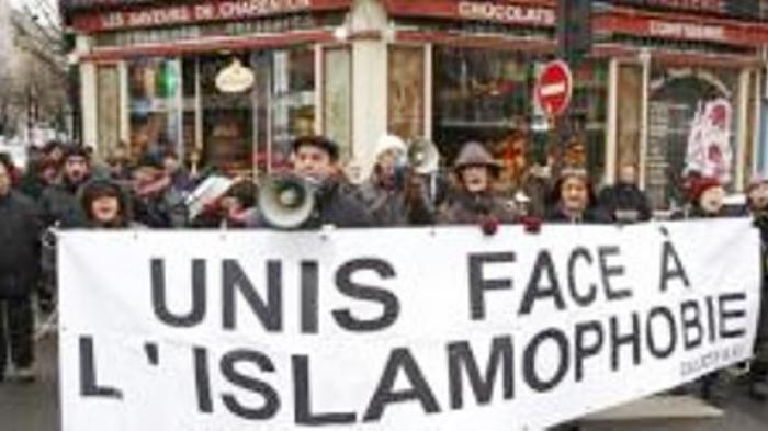 Wanita Muslim di Eropa Sulit Dapat Kerja dan Masuk Rumah Makan