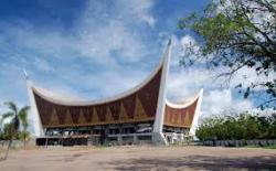 """""""Mahligai Minang"""" Masjid Raya Minangkabau"""