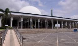 Konsep Terbuka Masjid Agung Al-Falah