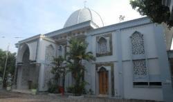 Gaya Modern Minimalis Masjid At-Taqwa