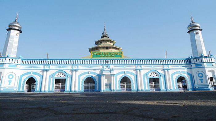 Masjid Ganting Padang, Masjid Tua Lintas Bangsa dan Gempa