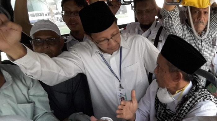 Di Makkah, Lukman Didoakan Jadi Menteri Lagi