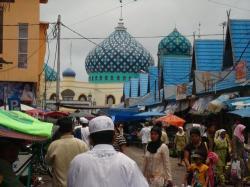Pasar Islam, The Real 'Pasar Bebas'