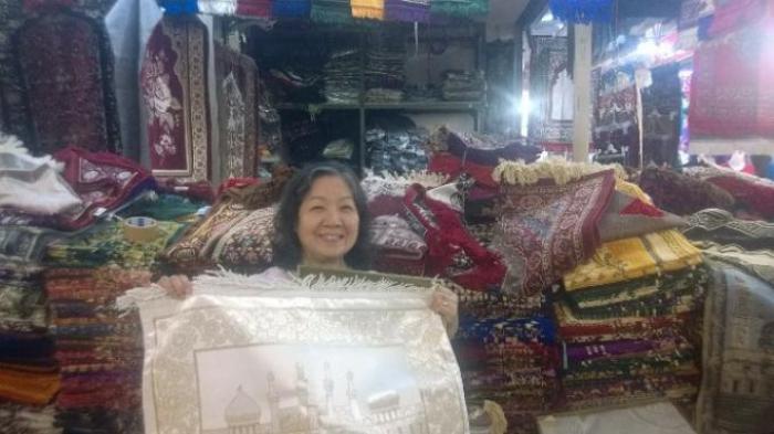 Jelang Lebaran Haji Pedagang di Thamrin City Panen
