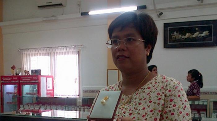 Dewi Imawati Sukses Bisnis Mutiara, Transportasi dan Rumah Makan