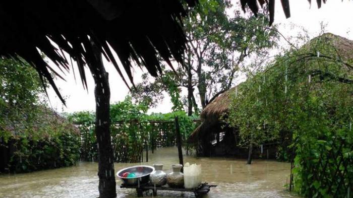 Penderitaan Muslim Rohingya akibat banjir di Kyauktaw