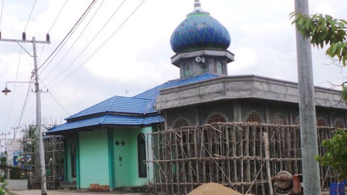 100 Mobil untuk Bersihkan Masjid