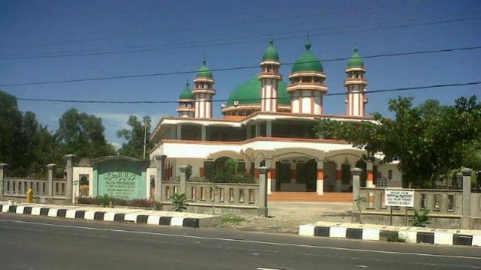 Padi Berbuah Masjid Megah