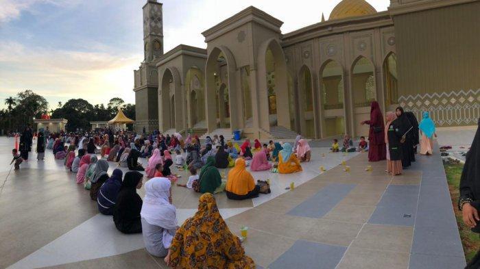 Megahnya Masjid Agung Baitul Ghafur Abdya, Mampu Tampung 4.200 Jamaah - Masjid-Abdya.jpg