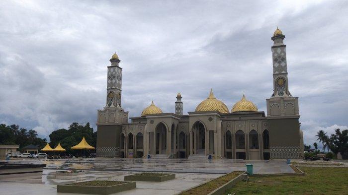 Megahnya Masjid Agung Baitul Ghafur Abdya, Mampu Tampung 4.200 Jamaah - Masjid-Agung-Abdya.jpg