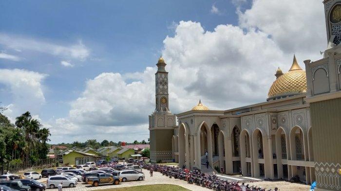 Megahnya Masjid Agung Baitul Ghafur Abdya, Mampu Tampung 4.200 Jamaah - Masjid-Agung-Abdya3.jpg