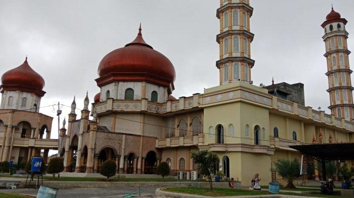 Masjid Agung Baitul Makmur, Masuk Deretan 100 Masjid Terindah se-Indonesia - Masjid-Agung-Meulaboh2.jpg