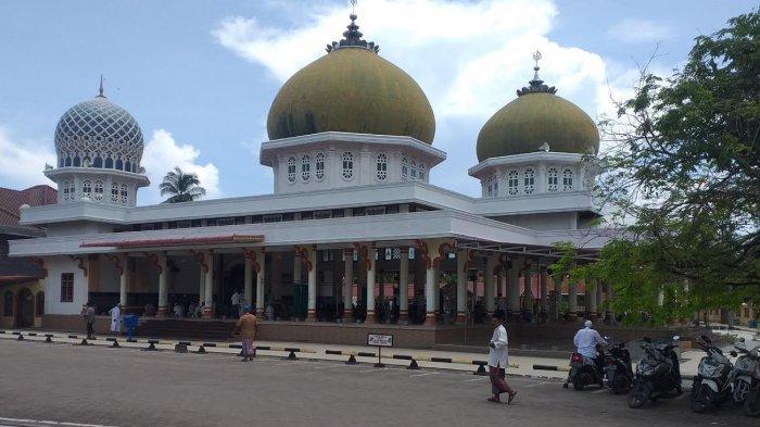 Masjid Ridha Jeumpa Dibangun Tahun 1960, Dulunya Konstruksi Kayu Sekarang Berarsitektur Megah - masjid-ridha1.jpg