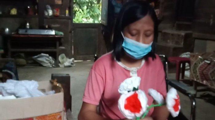 Kisah Agustina Warga Mamasa, Jadi Pengrajin Bunga Setelah 6 Tahun Alami Kelumpuhan