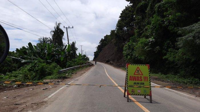 Akses jalan ditutup