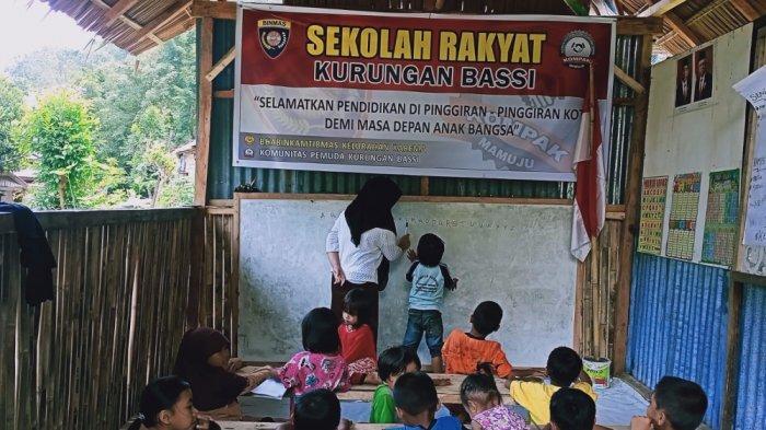 Selamatkan Pendidikan Anak Pinggiran Kota, Pemuda Kurungan Bassi Mamuju Bangun Sekolah Rakyat