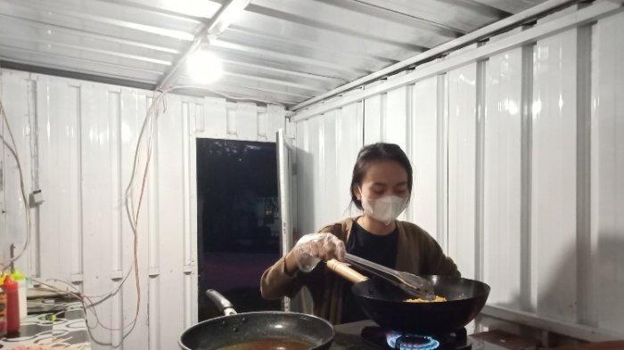Cerita Inspiratif Anak Wabup Mamasa, Tak Gengsi Jualan di Pinggir Jalan Meski Berstatus Anak Pejabat