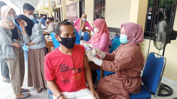Menteri Kesehatan: 94 Juta Penduduk Indonesia Telah Menerima Vaksinasi Dosis Pertama