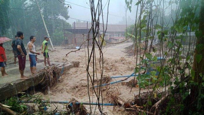 Desa Burana Mamasa Kembali Dikepung Banjir Bandang
