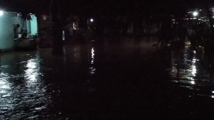 Pendangkalan Sungai Picu Banjir di Lena Polewali Mandar, 50 Rumah Terendam